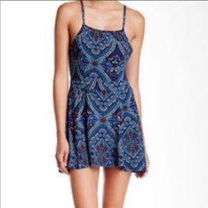 Mimi chica paisley blue summer strap dress